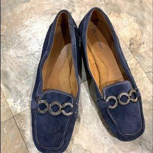 ⬇️buy1 item get1 🆓 Naturalizer Blue Suede loafers